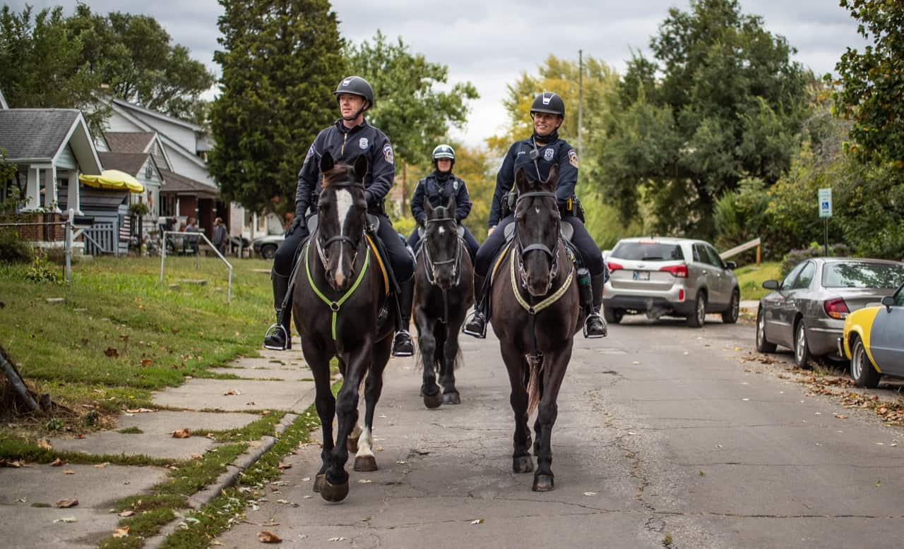 IndyStar photojournalists capture IMPD Mounted Patrol 18